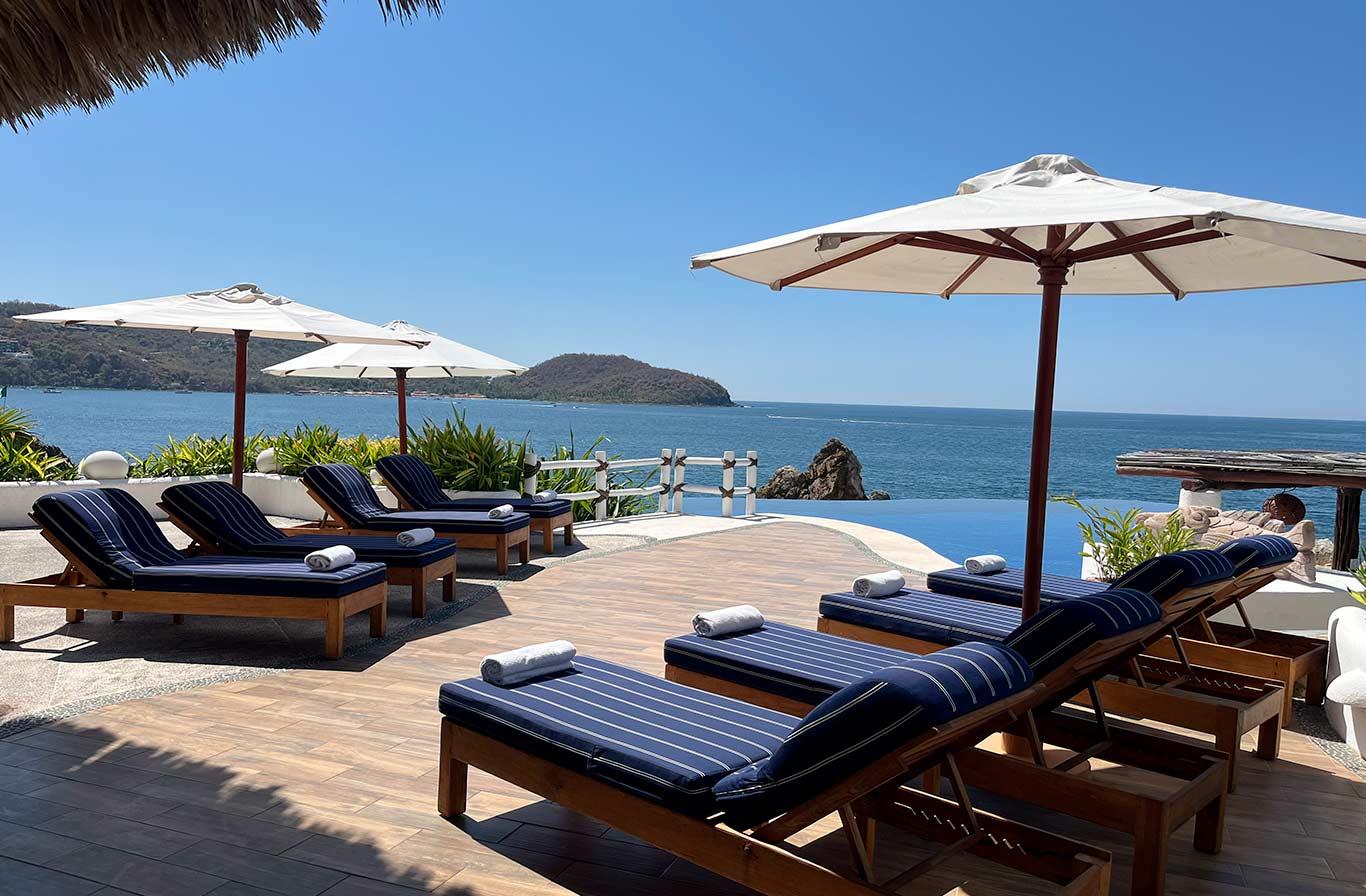 Villa boutique hotel el murmullo sea side zihuatanejo mexico for Boutique hotel uzuri villa
